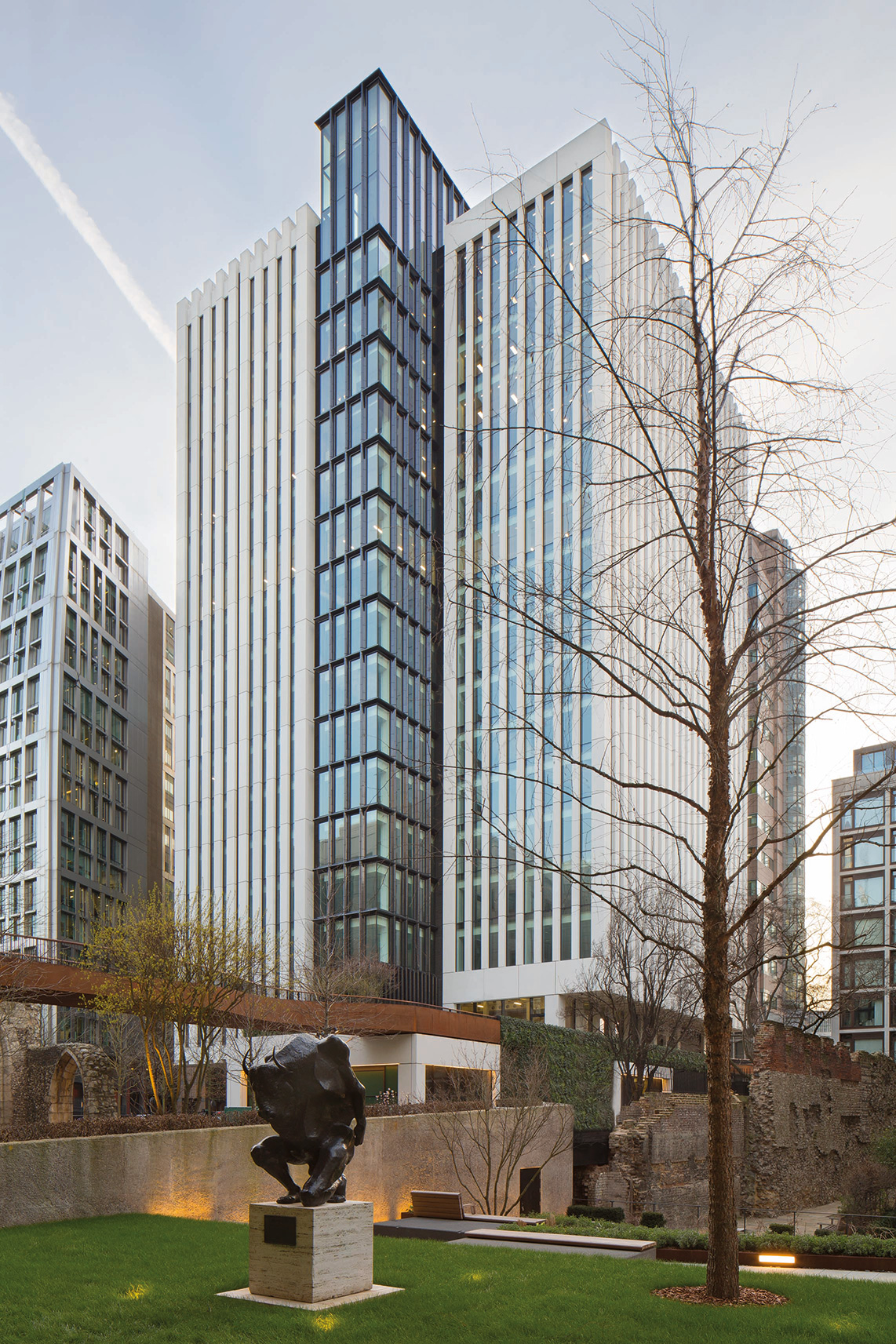 Exterior view of 2 London Wall Pace