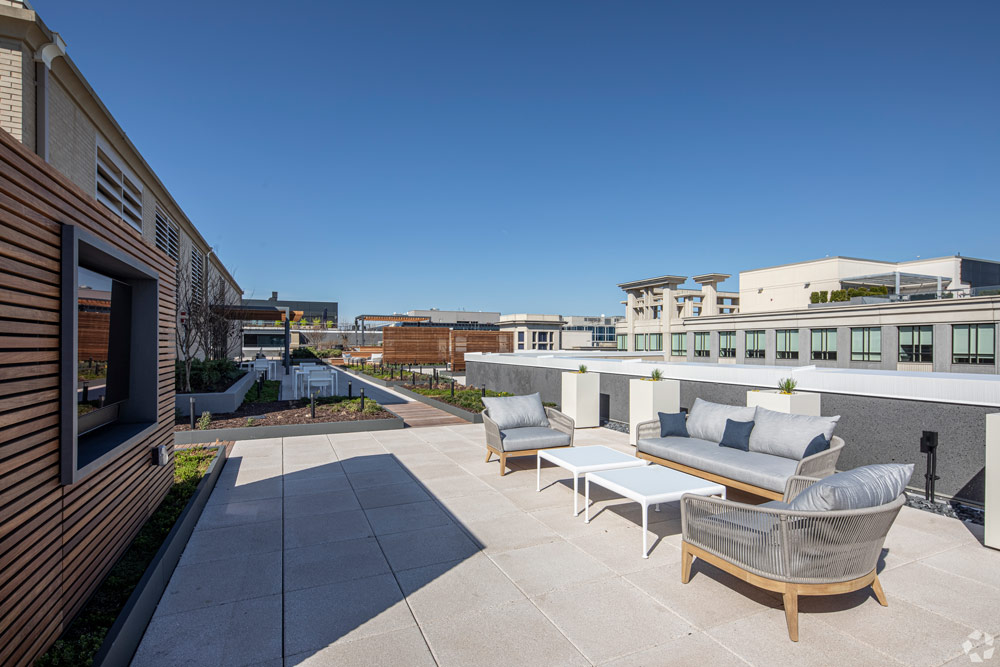 Rooftop Seating at the Victor Building