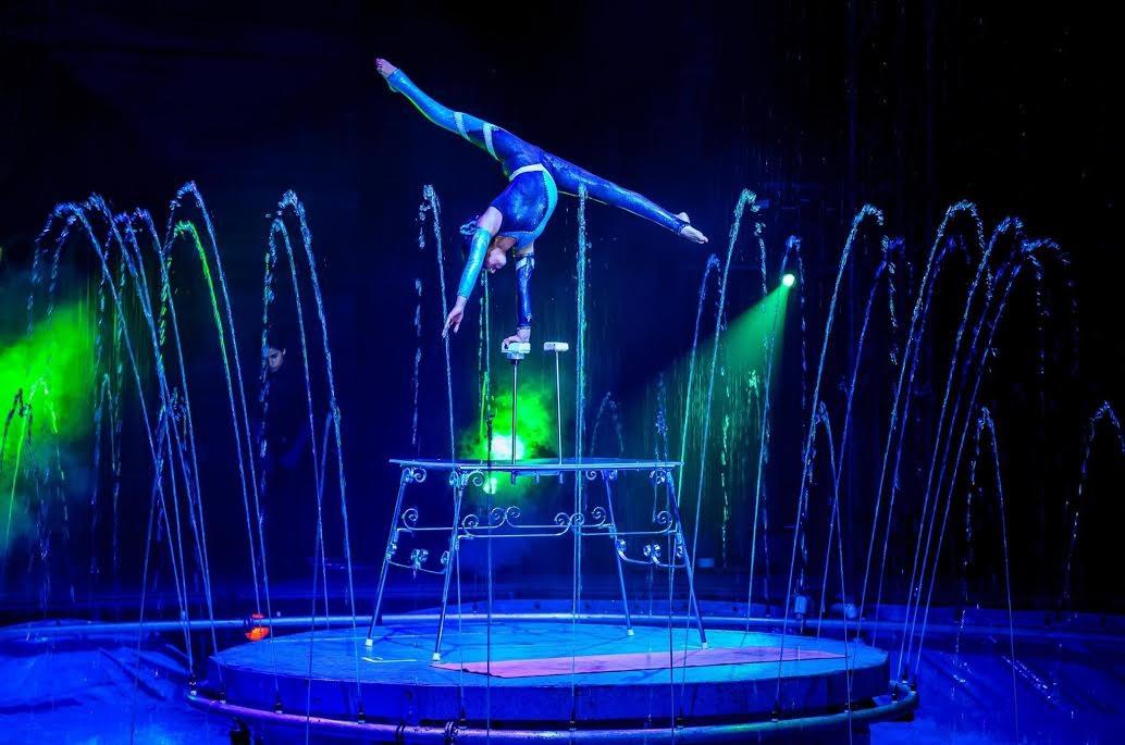 """Cirque Italia presents """"Aquatic Spectacular."""""""
