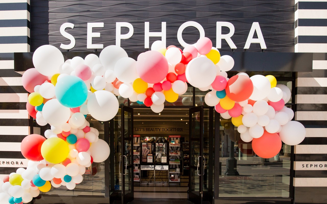 Sephora store with balloons