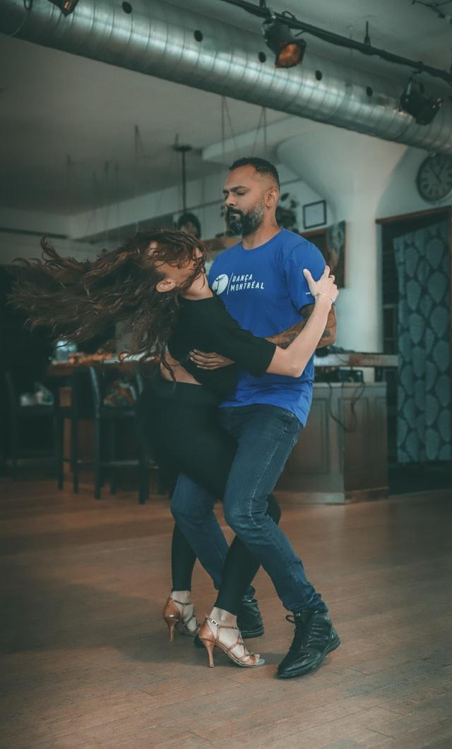 Social Dis-Dancing
