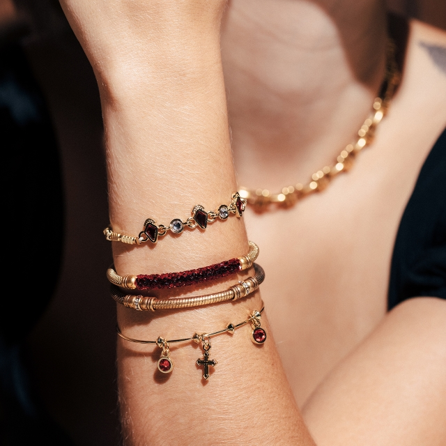Charm their Arms with Meaningful Gifts from ALEX AND ANI